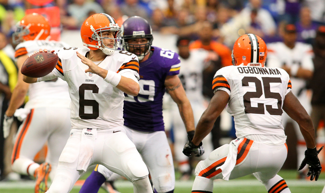 Hi-res-181574866-brian-hoyer-of-the-cleveland-browns-looks-to-pass_crop_650