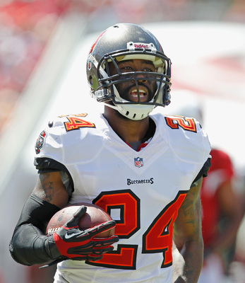 Hi-res-182943575-darrelle-revis-of-the-tampa-bay-buccaneers-runs-with_display_image