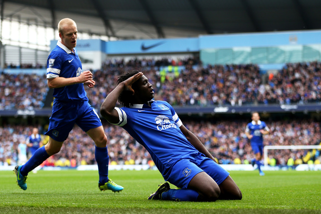 Hi-res-183148293-romelu-lukaku-of-everton-celebrates-with-teammate_crop_650