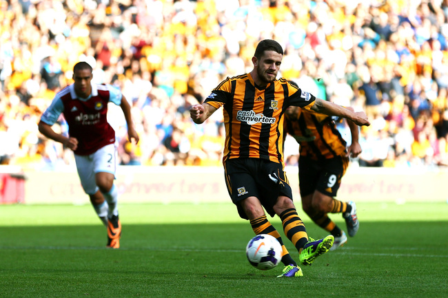 Hi-res-182104167-robbie-brady-of-hull-city-scores-the-opening-goal-from_crop_650
