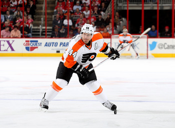 Hi-res-167932191-kimmo-timonen-of-the-philadelphia-flyers-lines-up-a_display_image