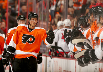 Hi-res-180884851-vincent-lecavalier-of-the-philadelphia-flyers_display_image