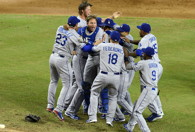 Hi-res-181189714-ellis-and-teammates-of-the-los-angeles-dodgers_crop_650x440