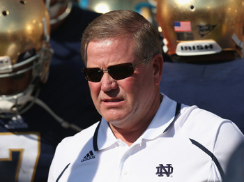 Hi-res-182240275-head-coach-brian-kelly-of-the-notre-dame-fighting-irish_display_image