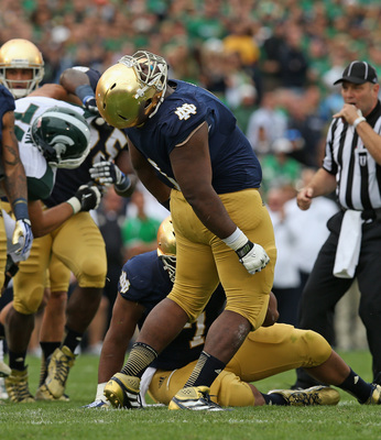Hi-res-181480484-louis-nix-iii-of-the-notre-dame-fighting-irish-reacts_display_image