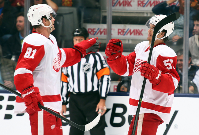 Hi-res-182260590-jeff-hoggan-and-mitchell-callahan-of-the-detroit-red_crop_650x440