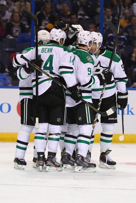 Hi-res-181494062-members-of-the-dallas-stars-celebrate-a-goal-scored_display_image