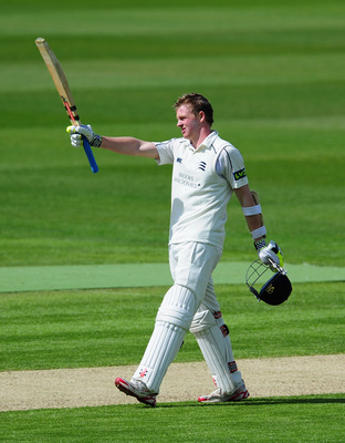 Hi-res-168296277-middlesex-batsman-sam-robson-celebrates-his-century_display_image