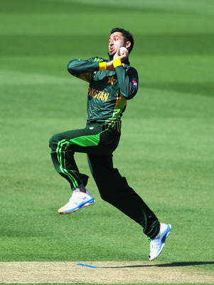 Hi-res-169858497-junaid-khan-of-pakistan-during-the-icc-champions-trophy_display_image