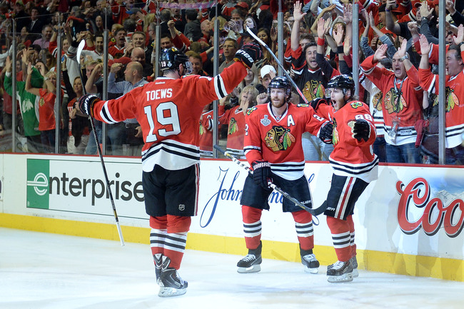 Hi-res-171170724-patrick-kane-of-the-chicago-blackhawks-celebrates-with_crop_650