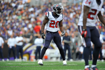 Hi-res-181753730-free-safety-ed-reed-of-the-houston-texans-defends_display_image