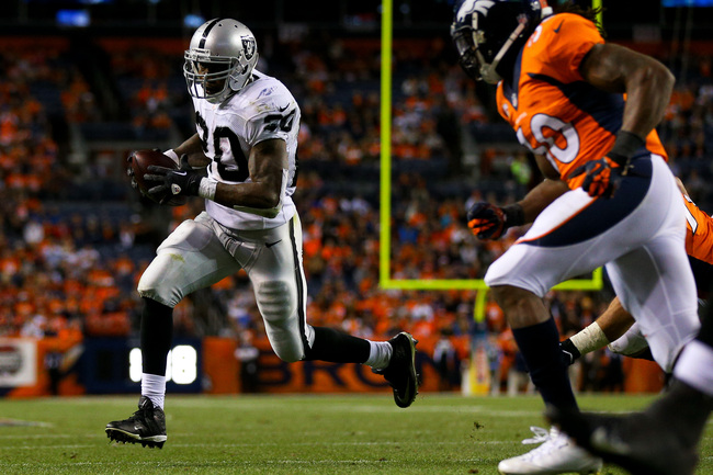 Hi-res-181712270-running-back-darren-mcfadden-of-the-oakland-raiders_crop_650