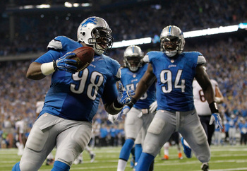 Hi-res-182322423-nick-fairley-of-the-detroit-lions-celebrates-a-third_display_image