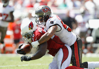 Hi-res-182303077-jonathan-casillas-of-the-tampa-bay-buccaneers-tackles_display_image