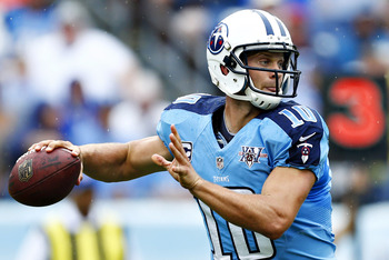 Hi-res-182388173-jake-locker-of-the-tennessee-titans-throws-a-pass_display_image