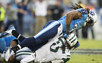 Hi-res-182444785-michael-griffin-of-the-tennessee-titans-tackles-alex_display_image