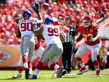 Hi-res-182322347-quarterback-alex-smith-of-the-kansas-city-chiefs-passes_display_image