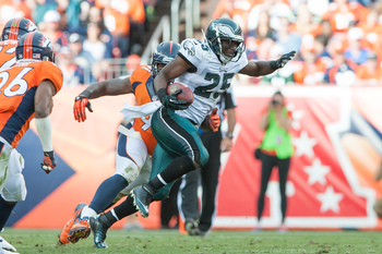 Hi-res-182444752-running-back-lesean-mccoy-of-the-philadelphia-eagles_display_image