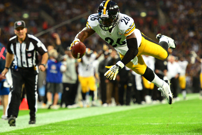 Hi-res-182299938-running-back-leveon-bell-of-the-pittsburgh-steelers_crop_650