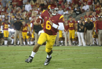 Hi-res-180004697-quarterback-cody-kessler-of-the-usc-trojans-carries-on_display_image