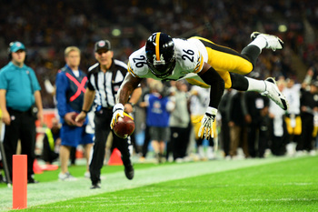 Hi-res-182300160-running-back-leveon-bell-of-the-pittsburgh-steelers_display_image