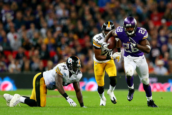 Hi-res-182322932-running-back-adrian-peterson-of-the-minnesota-vikings_display_image