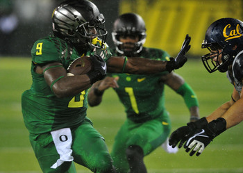 Hi-res-182282679-running-back-byron-marshall-of-the-oregon-ducks-runs_display_image