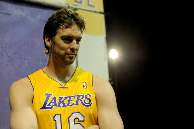 Hi-res-182450897-pau-gasol-of-the-los-angeles-lakers-poses-for-a-picture_crop_650