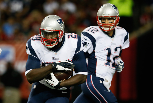 Hi-res-182451042-legarrette-blount-and-tom-brady-of-the-new-england_crop_650