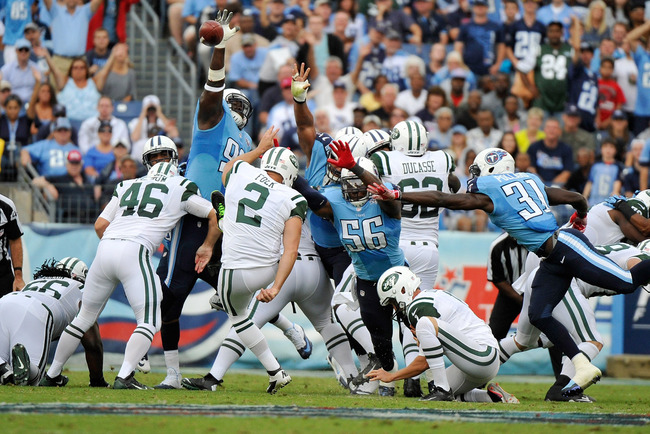 Hi-res-182406975-nick-folk-of-the-new-york-jets-kicks-a-field-goal_crop_650