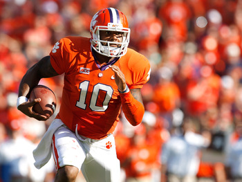 Hi-res-182173177-tajh-boyd-of-the-clemson-tigers-scrambles-during-the_display_image