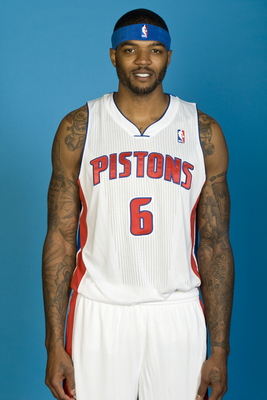 Hi-res-182594065-josh-smith-of-the-detroit-pistons-poses-for-a-picture_display_image