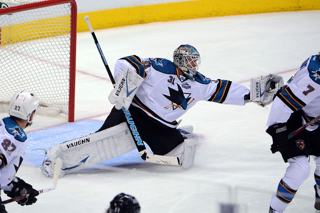 Hi-res-169389396-antti-niemi-of-the-san-jose-sharks-makes-the-save_crop_650