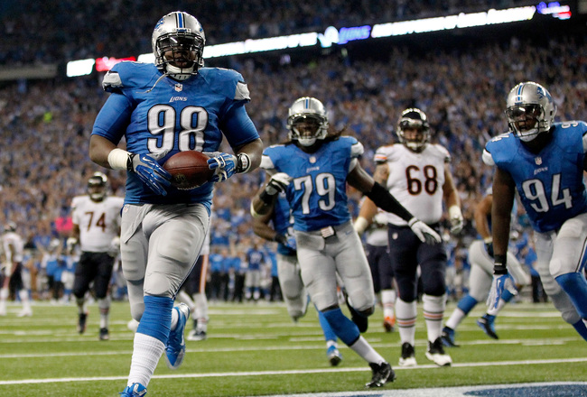 Hi-res-182322418-nick-fairley-of-the-detroit-lions-scores-a-touchdown_crop_650x440