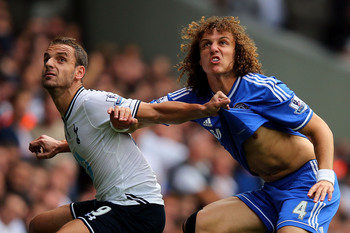 Hi-res-182136824-roberto-soldado-of-tottenham-hotspur-wrestles-with_display_image