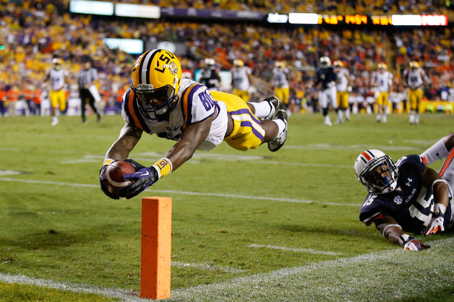Hi-res-181499534-jarvis-landry-of-the-lsu-tigers-dives-for-a-touchdown_crop_650