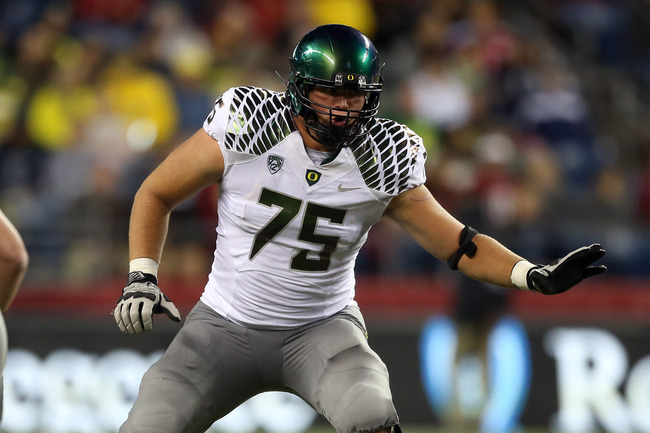 Hi-res-153206706-jake-fisher-of-the-oregon-ducks-pass-blocks-against-the_crop_650