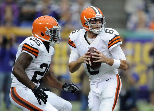 Hi-res-181693300-brian-hoyer-of-the-cleveland-browns-drops-back-with-the_crop_650