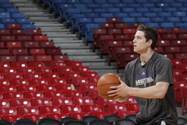 167260853-jimmer-fredette-of-the-sacramento-kings-warms-up-prior_crop_650