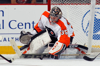 Hi-res-181948883-steve-mason-of-the-philadelphia-flyers-makes-the-first_display_image
