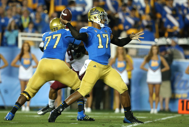 Hi-res-181507296-quarterback-brett-hundley-the-ucla-bruins-throws-a-pass_crop_650