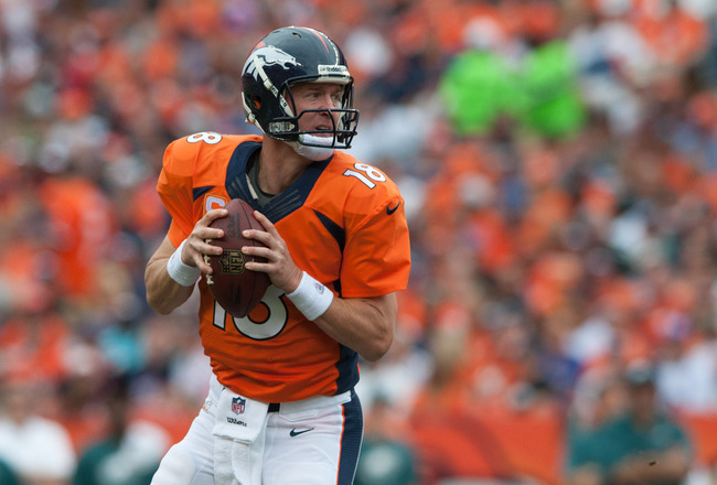 Hi-res-182607818-quarterback-peyton-manning-of-the-denver-broncos-rolls_crop_650x440
