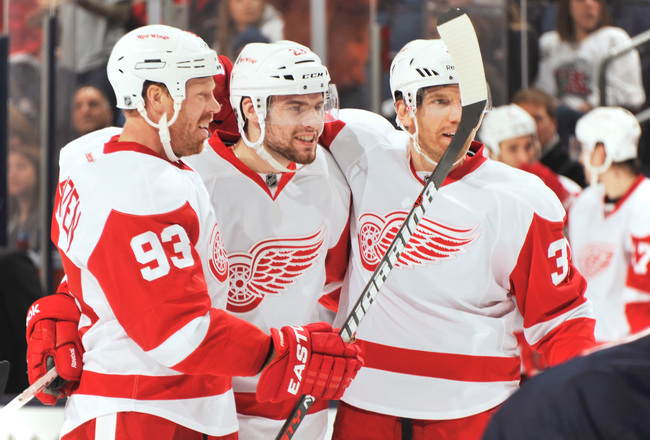 Hi-res-159856329-brian-lashoff-of-the-detroit-red-wings-celebrates-his_crop_650x440