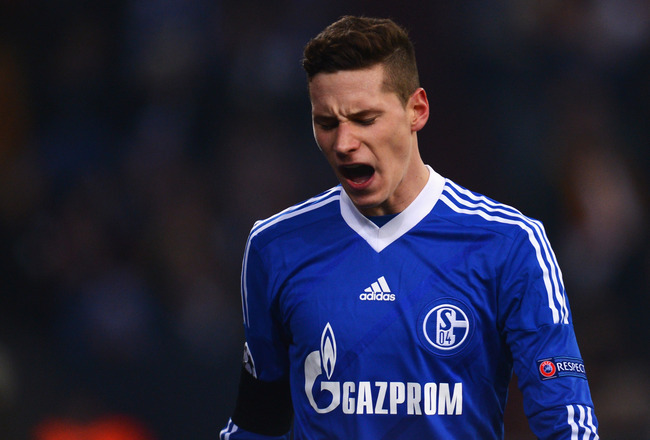 Hi-res-163574099-julian-draxler-of-schalke-looks-dejected-during-the_crop_650x440