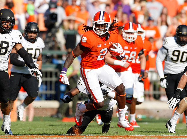 Hi-res-182173180-sammy-watkins-of-the-clemson-tigers-runs-after-making-a_crop_650
