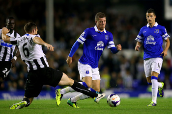 Hi-res-182551710-ross-barkley-of-everton-in-action-against-mike_display_image