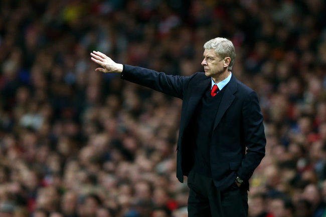 Hi-res-182606035-arsene-wenger-the-arsenal-manager-directs-his-players_crop_650