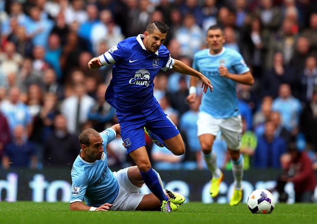 Hi-res-183148083-kevin-mirallas-of-everton-is-tackled-by-pablo-zabaleta_crop_650
