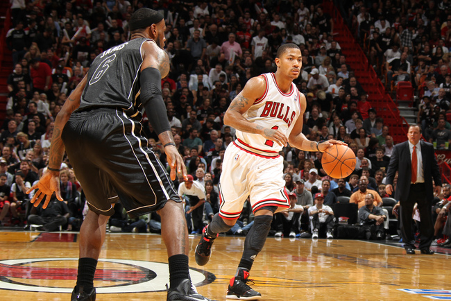Hi-res-143124148-derrick-rose-of-the-chicago-bulls-handles-the-ball_crop_650
