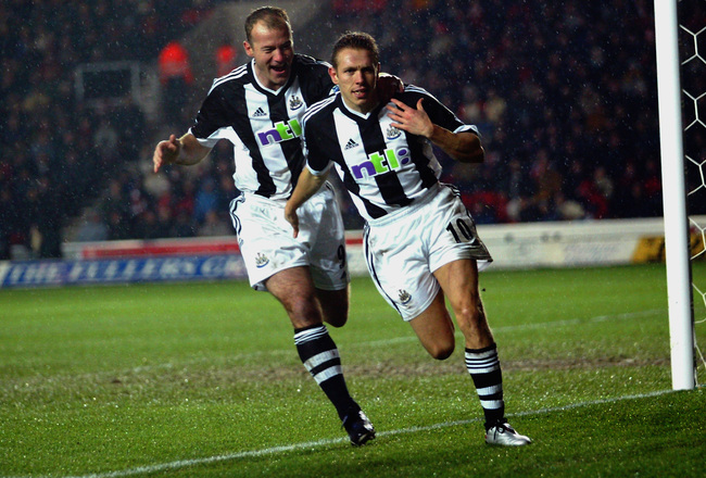 Hi-res-1705409-alan-shearer-of-newcastle-united-congratulates-team-mate_crop_650x440